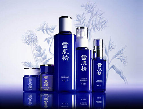15% Off + Free 4pcs Gift Set Japan KOSE Beauty Sale @ Yamibuy