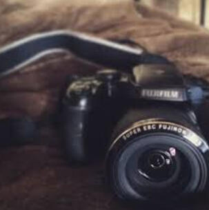Fujifilm FinePix S9900W Digital Camera