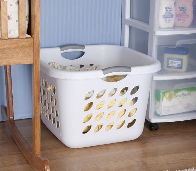 $25 Sterilite 12178006 1.5 Bushel/53 Liter Ultra Square Laundry Basket, White, 6-Pack