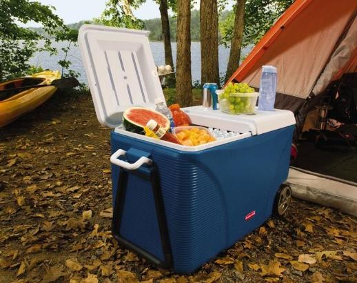 $39.97 Rubbermaid FG2C0902MODBL Extreme 5-Day Wheeled Ice Chest/Cooler, 75-Quart, Blue