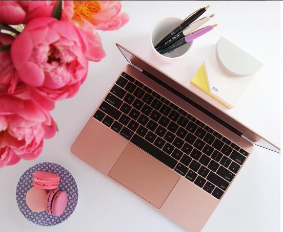 New Apple MacBook MMGL2LL/A 12-Inch Laptop with Retina Display Rose Gold, 256 GB)