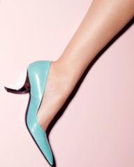 Extra 50% Off + From $138 Roger Vivier Shoes On Sale @ Yoox.com