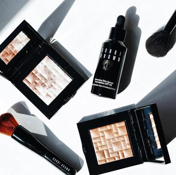10% Off BOBBI BROWN @ Lord & Taylor