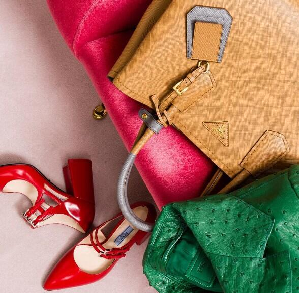 Up to 57% Off Jimmy Choo, Valentino and more brands shoes and handbags @ Rue La La