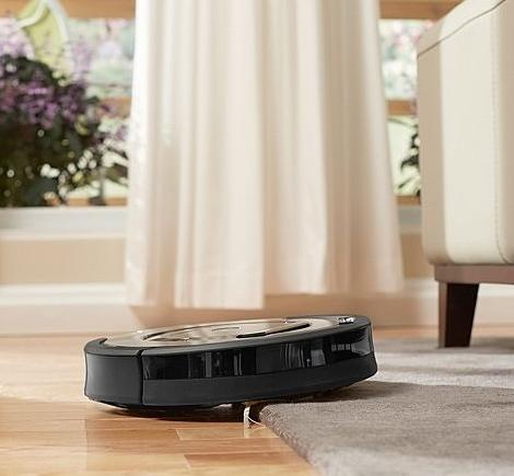 $500 iRobot Roomba 880 Vacuum Cleaning Robot For Pets and Allergies