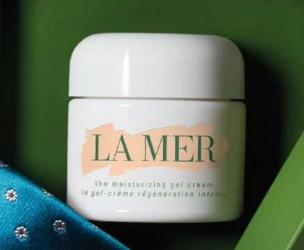 Free Moisturizing Gel Cream (0.24oz) + 2 Deluxe Samples with any Purchase @ La Mer