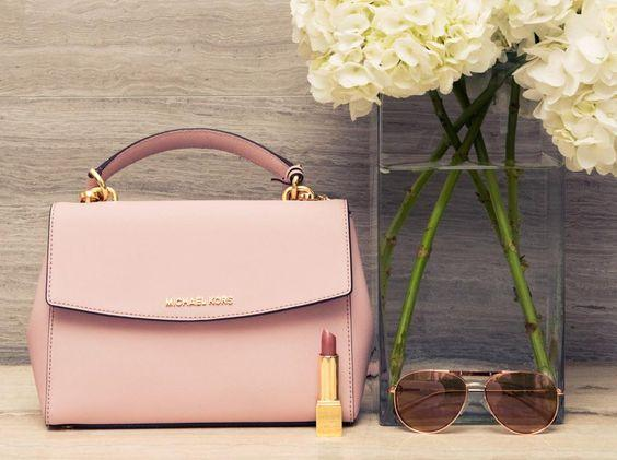 25% Off with Ava Bag Orders over $250 @ Michael Kors