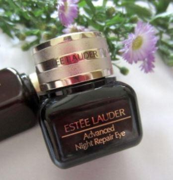 Free 7-pcs Gift with Advanced Night Repair Eye Synchronized Complex II Purchase @ Estee Lauder