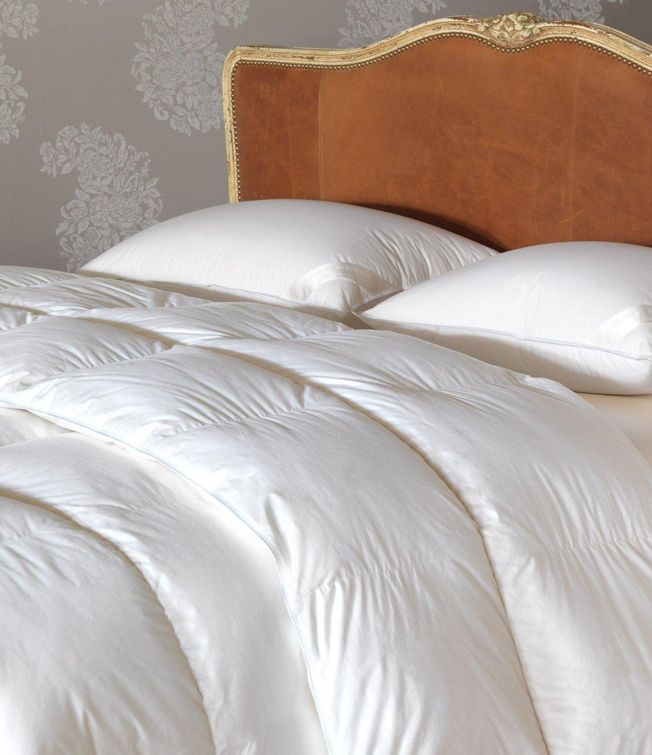 $427.44 Nancy Koltes Ravenna Light Weight 700 Fill Power Prestige Down HEFEL Noble Sateen Comforter, King