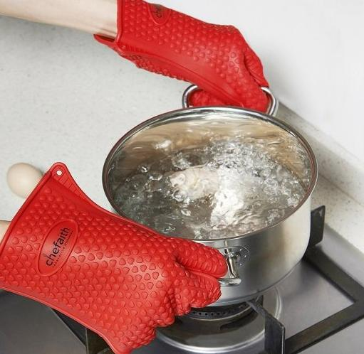 $6.60 Chefaith Silicone Oven Mitts, Pot Holder for Cooking, Baking, Barbeque (BBQ), Smoking