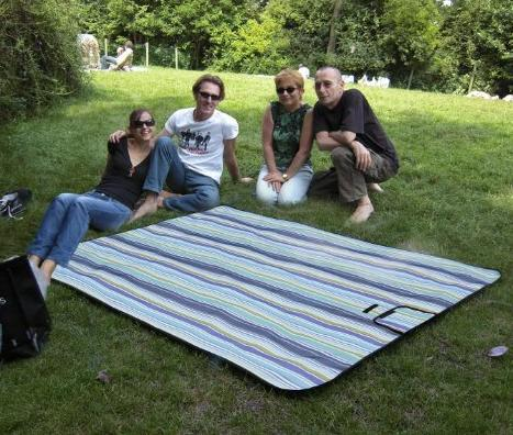 $12.40 e-Joy Beach Blanket Mat, Picnic Blanket, Water Proof Outdoor Mat