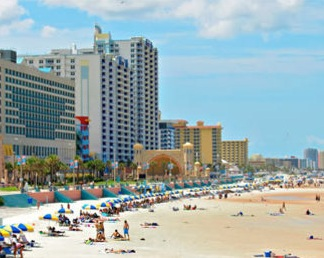 4-Day/3-Night Stay For 2 in Orlando Or Daytona Beach, FL & A $50 Restaurant Gift Certificate ($545 Value)