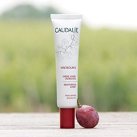 Dealmoon Exclusive: FREE full size Vinosource Sorbet + Free Shipping with $25 @ Caudalie