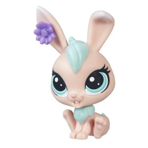 Littlest Pet Shop Sweetsie Fluffdale | HasbroToyShop