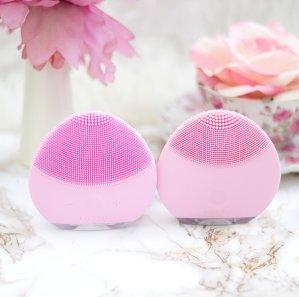 20% OffFOREO LUNA mini 1 in Magenta or Petal Pink @ AskDerm