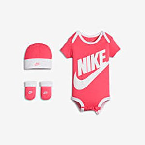 Jordan Floral Jumpman Three-Piece Infant Girls' Set.