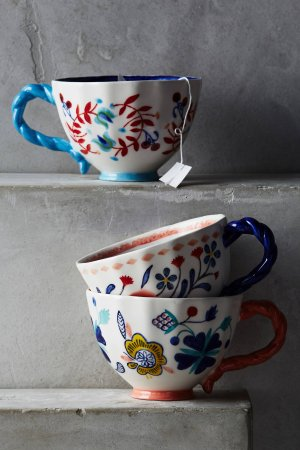 Free Shipping + Extra 25% OffHouse and Home Sale @ anthropologie