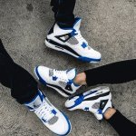 "VILLA 精选Nike,adidas,Puma,Reebok等鞋履""黑色星期五""促销"