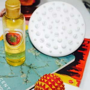 Spa Fit Body Massager @ The Body Shop