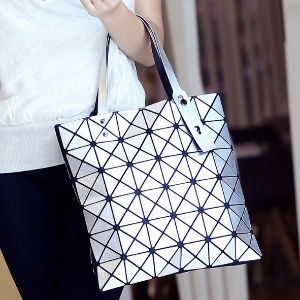 Lucent Basic Tote