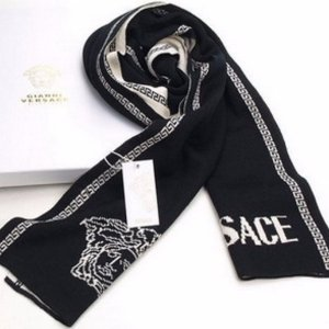 Up to 70% Off + Extra 15% OffVersace Scarf @ unineed.com
