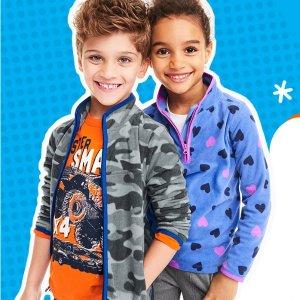 年度好价$8-$9OshKosh童装官网 最实用的薄款抓绒衫Doorbuster促销,14岁以下都有