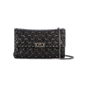 Spike Clutch With Chain Belt