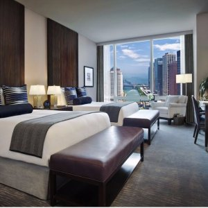 10% Off $250When You Stay 2+ Night @ Expedia.com