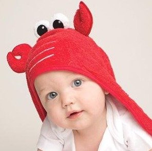 $6.53Luvable Friends Animal Face Hooded Towel, Lobster