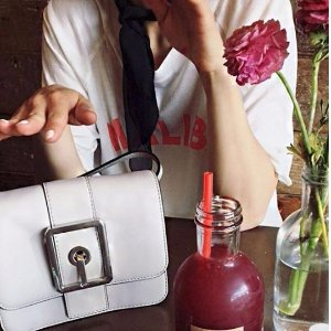 Dealmoon Exclusive Early Access! Up to 60% Off + Extra 25% OffHOOK UP CONVERTIBLE CLUTCH Sale @ Rebecca Minkoff