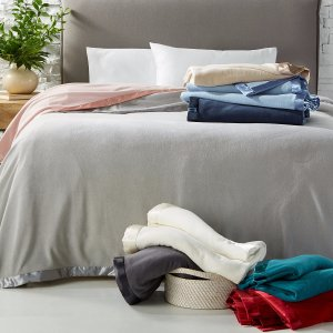 $14.99 黑五价提前享Martha Stewart 柔软绒毛保暖毯,不论尺寸