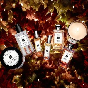ENJOY A DELUXE SAMPLE OF LIME BASIL & MANDARIN COLOGNE AND WOOD SAGE & SEA SALT COLOGNEWITH ANY $65 PURCHASE