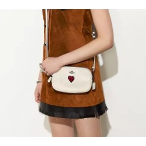Crossbody Clutch In Grain Leather With Souvenir Embroidery