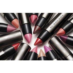 Burberry Burberry Full Kisses Shaped & Full Lips Long Lasting Lip Colour