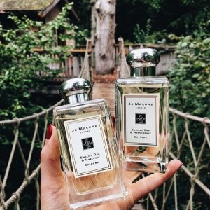 Receive The Fragrance Combining™ Collection plus complimentary standard delivery with any jomalone.com purchase of $130 or more