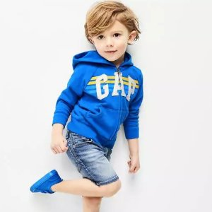 Up to 50% Off + Extra 40% OffBaby and Kid's Clothing @ Gap