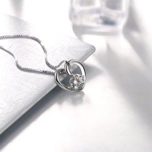今日闪购价CDN$22.23(原价CDN$129.87)J.Rosée 925银心形吊坠项链