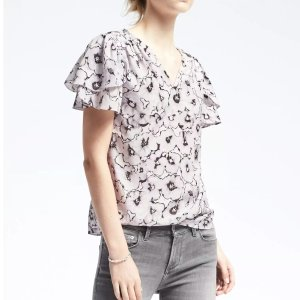 Easy Care Print Ruched-Yoke Top | Banana Republic