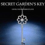 价格亲民也能夺目 Sable 舞动系列 秘密花园 镀白金钥匙吊坠项链