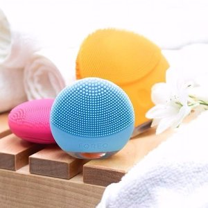 Up to 25% OffAny and All Foreo @ AskDerm