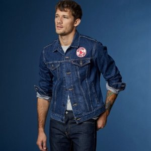 Extra 25% OFFLevi's Men's Early Access Sale