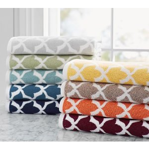 Marlo Jacquard Organic 600-gram Weight Bath Towels | Pottery Barn