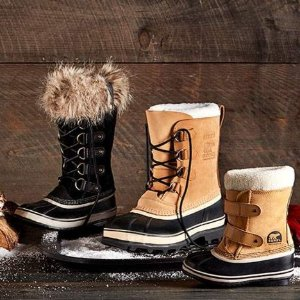 Up to 60% Off12 Days of Deals @ Shoes.com