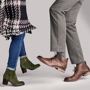 Today Only! 40% offboots @ Rockport