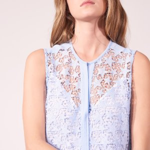 Spring Sale! Up to 30% Off the Lace Items of Women's Spring Collection @ Sandro Paris