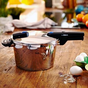 £113.08Fissler 60030004000 Vitaquick Pressure Cooker 4.5 Litre