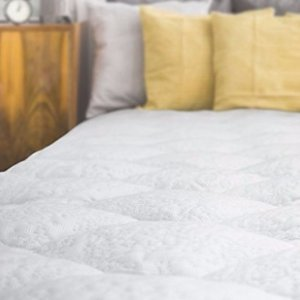 $149.99Cooling Mattress Pad with Fitted Skirt - Extra Plush Heat Extracting Topper - Made in the USA, Queen