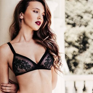 Up to 50% OffBralettes sale @ Eve's Temptation