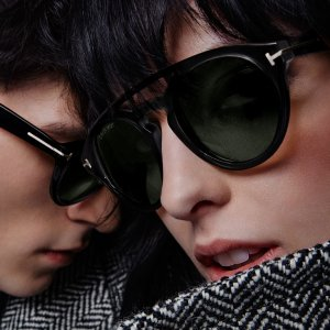 Up to 68% OffTom Ford Sunglasses @ Hautelook