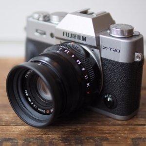 $899 送$100礼卡+64GB卡Fujifilm X-T20 机身 + XC 16-50mm 镜头